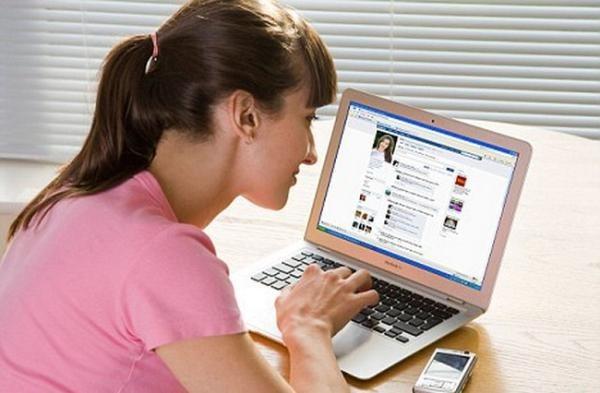 Bài văn nghị luận về mạng xã hội số 10