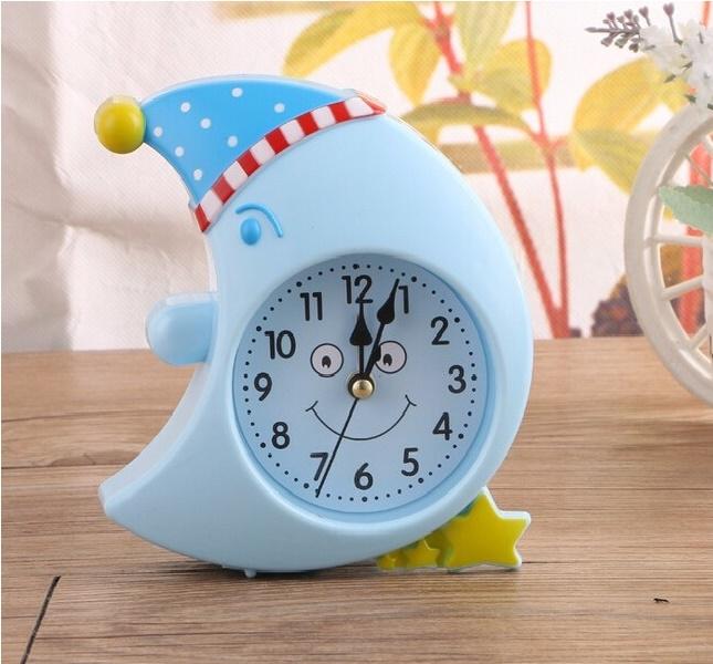 Bài văn tả chiếc đồng hồ báo thức số 12