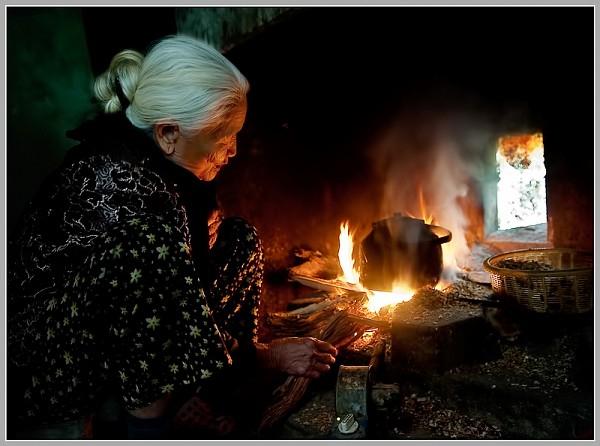 Bài văn phân tích hình ảnh bếp lửa số 1