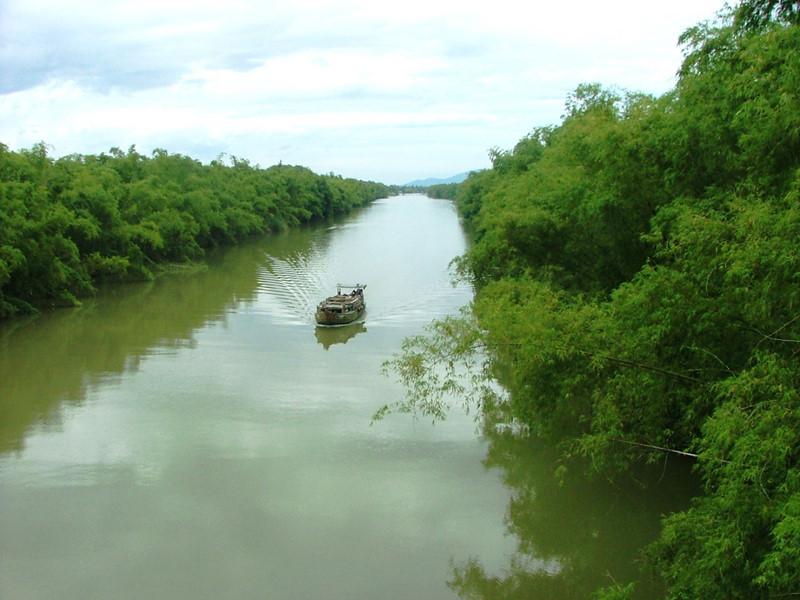 Bài văn tả dòng sông quê hương số 13