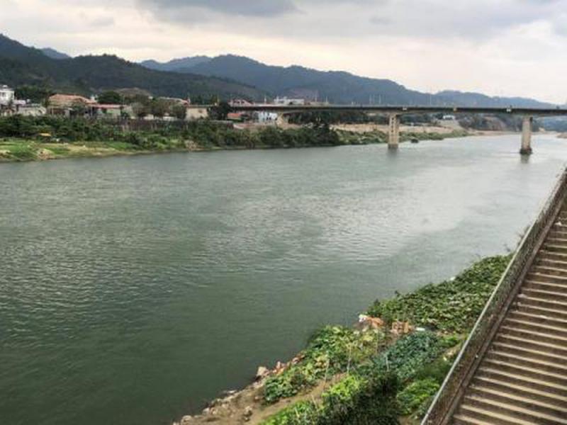 Bài văn tả dòng sông quê hương số 16