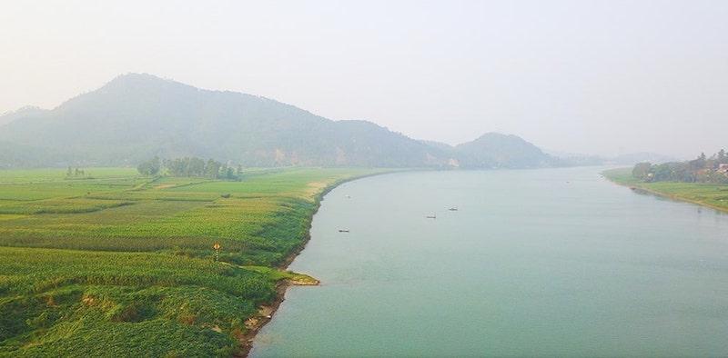 Bài văn tả dòng sông quê hương số 25