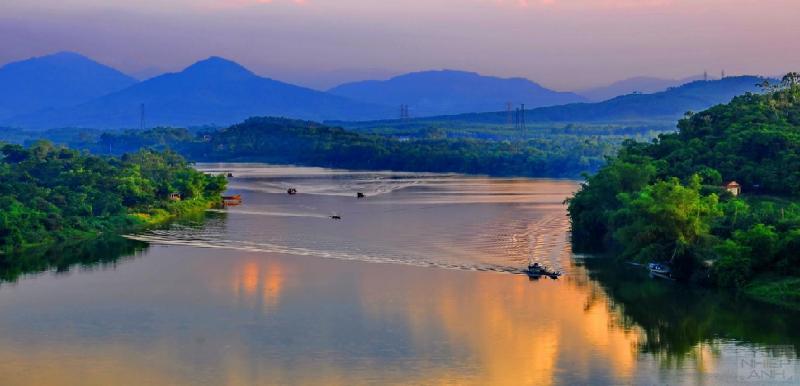 Bài văn tả dòng sông quê hương số 27