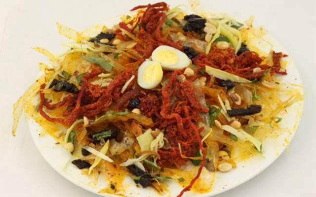 Bài văn thuyết minh về món bánh mang bản sắc văn hóa dân tộc - Bánh tráng trộn