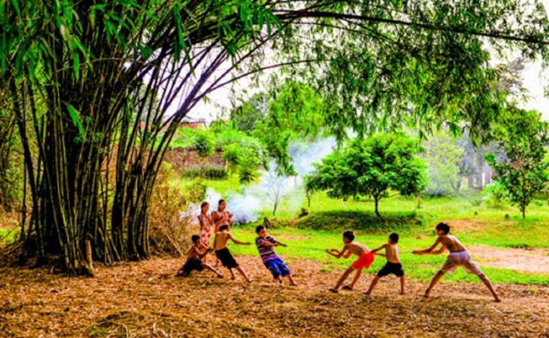 Bài văn thuyết minh về trò chơi tuổi thơ - Kéo co